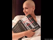 कैंसर से डटकर लड़ रही सोनाली बेंद्रे की अब हो गई है ऐसी हालत