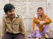 Review: वन टाइम वॉच है 'सुई धागा', वरुण और अनुष्का को शानदार एक्टिंग के लिए पूरे नंबर