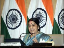 लीबिया संकट: 500 भारतीय फंसे, सुषमा ने कहा- जल्द नहीं निकले तो फंसे रह जाओगे