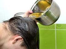 गर्मियों में हर दूसरे दिन बालों में लगाएं ये एक चीज, बरकरार रहेगी चमक