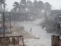 तितली तूफान का 'आतंक' जारी, ओडिशा में भूस्खलन में 12 लोगों की मौत, इतने लोग हुए लापाता