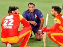 बॉल टैम्परिंग विवाद: रिवर्स स्विंग पर बोले पाकिस्तानी दिग्गज, 'ये चीटिंग नहीं आर्ट है'