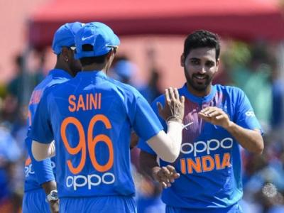 भुवनेश्वर कुमार बोले-आईपीएल के कारणआत्मविश्वास, छह खिलाड़ी के पासअंतरराष्ट्रीय मैच खेलने का अनुभव नहीं, जोश से भरपूर युवा - Hindi News | India Tour of Sri Lanka Bhuvneshwar Kumar said IPLconfidencesix players have no experience of playing international matches | Latest cricket News at Lokmatnews.in