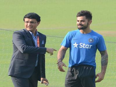 क्रिकेटप्रेमी को झटका,बीसीसीआई अध्यक्ष सौरव गांगुली बोले-आईपीएल और टी20 विश्व कप का आयोजन भारत नहीं यूएई में - Hindi News | cricket lover shock BCCI President Sourav GangulyIndia not organize T20 World CupUAE | Latest cricket News at Lokmatnews.in