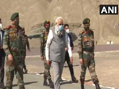PM Modi In Leh: पीएम नरेंद्र मोदी के अचानक लेह दौरे से तिलमिला गया चीन! कह दी ये बात