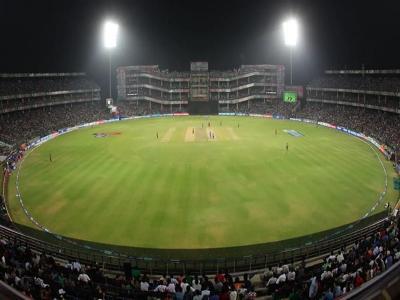 IPL 2021: मैच के दौरान सट्टेबाजी की आशंका, कोटला मैदान से दो सटोरिए अरेस्ट, क्लीनर फरार