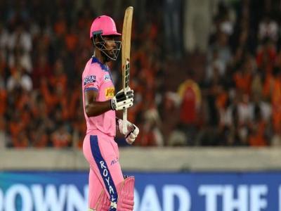IPL 2021: संजू सैमसन का धमाका, पंजाब के गेंदबाजों की उड़ाई धज्जियां, 54 गेंदों में जड़ा शतक फिर भी हार गई टीम - Hindi News | Rajasthan Royals captain Sanju Samson slams first hundred of IPL 2021 against Punjab Kings | Latest cricket News at Lokmatnews.in
