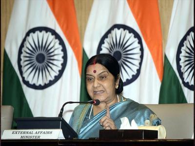 हिंदू-मुस्लिम दंपति पासपोर्ट मामले पर सुषमा स्वराज ने दियापहला रिएक्शन, ट्विटर पर पड़ी गालियां!