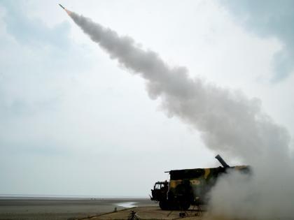 Akash missileSuccessful test Air Force will get surface-to-air missileknow the specialty see video | आकाश मिसाइल का सफल परीक्षण, वायुसेना को मिलेगी जमीन से हवा में मारने वाली मिसाइल, जानें खासियत, देखें वीडियो