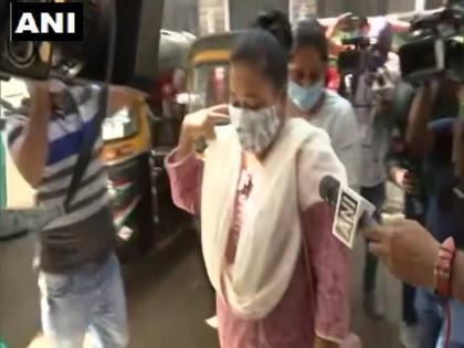 Mumbai NCB present arrested comedian Bharti Singh court tomorrowdrugs found in house search | मुंबईः कॉमेडियन भारती सिंह अरेस्ट, कोर्ट में पेश करेगी एनसीबी,घर से बरामद हुआ था मादक पदार्थ