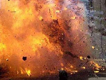Bihar: Bomb exploded in Siwan father and son seriously injured   बिहारः सीवान में मस्जिद के पीछे बम धमाका, झोले में रखा बम फटने से पिता-पुत्र गंभीर रूप से घायल