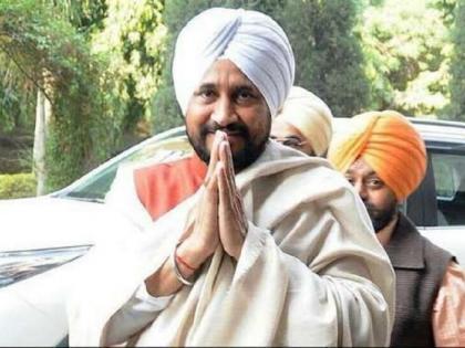 Punjab Assembly Elections new CMCharanjit Singh Channi 30 percent Dalit population Congress social equation | पंजाब विधानसभा चुनावःप्रदेश में 30 प्रतिशत से अधिक दलित आबादी,चरणजीत सिंह चन्नी को सीएम बनाकर कांग्रेस समीकरण साधने की कोशिश में