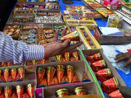 Delhi firecrackers banned on Diwali this year again says Arvind Kejriwal | दिवाली पर दिल्ली में पटाखों पर बैन, सीएम केजरीवाल बोले- प्रदूषण की वजह से इस बार भी रहेगी रोक
