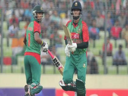 bangladesh cricketer sabbir rahman allegedly throws stone and racially abuses Elias Sunny during DPL | ढाका प्रीमियर लीग है या अखाड़ा लीग? अब अंतरराष्ट्रीय खिलाड़ी ने फील्डर को मारी ईंट, नस्लीय टिप्पणी करने का भी आरोप