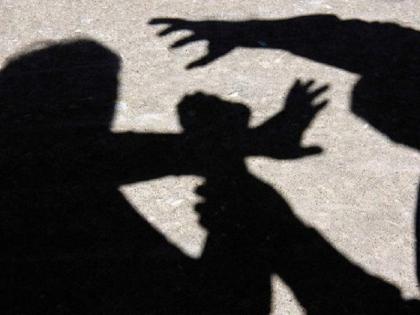 Accused of raping a woman in Lucknow's Dr. Ram Manohar Lohia Institute, the victim dies   लखनऊ के अस्पताल में महिला के साथ दुष्कर्म का आरोप, पीड़िता की मौत, बेटी ने स्मृति ईरानी से लगाई गुहार