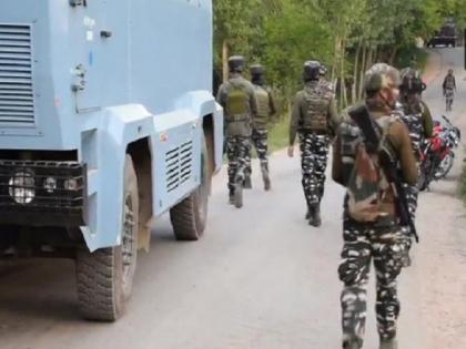 Jammu Kashmir Another army officer martyred in Poonch encounter national highway closed | जम्मू-कश्मीर: पुंछ मुठभेड़ में सेना का एक और अधिकारी शहीद, दो जवान जख्मी, तीन दिनों से आतंकियों का कर रहे थे पीछा