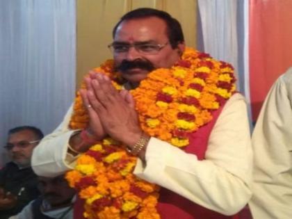 vikas dubey shri prakash shukla great men will get their statues installed brahmin mahasabha leader | यूपी में अब गैंगस्टर विकास दुबे और प्रकाश शुक्ला की प्रतिमा! ब्राह्मण महासभा के अध्यक्ष ने कहा- वे ब्राह्मण समाज के लिए प्रेरणा है