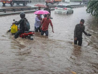 Gujarat's Vadodara receives rain showers IMD predicts moderate rain for the next two days | गुजरात के वडोदरा में हल्की बारिश, आईएमडी ने अगले दो दिनों तक मौसम के खराब रहने की जताई आशंका