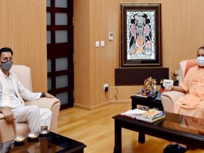 Jitin Prasada Meets UP Chief Minister Yogi Adityanath, Seeks BlessingsAttack on Akhilesh Yadav and Mayawati   सीएमयोगी आदित्यनाथ से मिलेजितिन प्रसाद, कहा-अखिलेश यादव और मायावती पर किया हमला,समाज का भला नहीं कर सकते