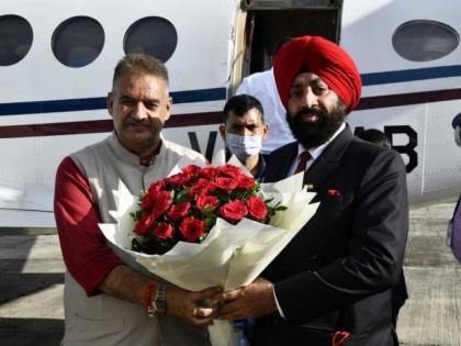 UttarakhandLt Gen Gurmeet Singh will take oath new Governor tomorrowreplace Baby Rani Maurya | उत्तराखंडःनए राज्यपाल के रूप में कल शपथ लेंगे लेफ्टिनेंट जनरल गुरमीत सिंह,बेबी रानी मौर्य की जगह लेंगे