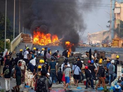 30 Myanmar troops killed in Sagaing clashes military rebel groups 30 junta soldiers dead | म्यांमार सेना और विद्रोही समूहों के बीच भीषण हमला, 30 सैनिकों की मौत, प्रदर्शन तेज