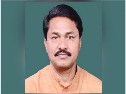 Maharashtra Congress President Nana Patole said NCP chief Sharad Pawar is Maha Vikas Aghadi government's 'remote control' | महाराष्ट्र कांग्रेस अध्यक्ष नाना पटोले ने कहा-एनसीपी प्रमुखशरद पवारहैंमहा विकास आघाड़ीसरकार का 'रिमोट कंट्रोल'