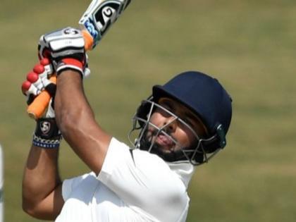 India vs England 2021Rishabh Pant Joins Indian Cricket Squad To Sweat it Out in Net Session see video | कोविड को मात देकर मैदान में उतरेऋषभ पंत, लगाए चौके और छक्के, देखें वीडियो