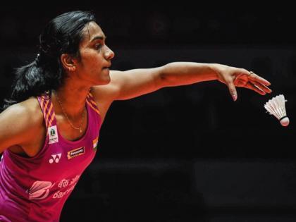 Tokyo Olympics: PV Sindhu became the first Indian woman to win two Olympic medals | दो ओलंपिक पदक जीतने वाली देश की पहली महिला खिलाड़ी बनीं पीवी सिंधु, क्रॉस कोर्ट स्मैश और ड्रॉप शॉट का चीनी खिलाड़ी के पास नहीं था जवाब