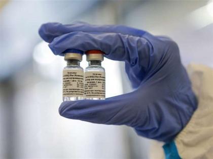 dcgi gives approval to serum institute to manufacture sputnik v vaccine in india | अदार पूनावाला की कंपनी भी करेगी देश में स्पूतनिक-वी का उत्पादन, डीसीजीआई ने सीरम इंस्टीट्यूट को दी अनुमति