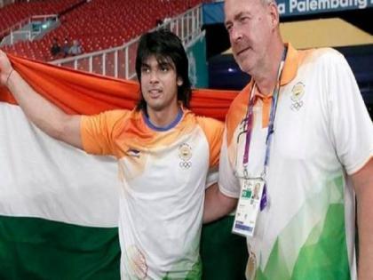 India javelin coach Uwe Hohn for Tokyo olympic and who once trained Neeraj Chopra sacked   टोक्यो ओलंपिक में भारत के जेवलिन कोच रहे उवे हॉन की छुट्टी, ओलंपिक से पहले 'सिस्टम' को बताया था खराब