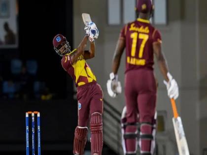 West Indies vs Australia 2nd odi postponed after toss due to covid 19 case | वेस्टइंडीज-ऑस्ट्रेलिया सीरीज पर कोरोना वायरस का असर, दूसरा वनडे टॉस के बाद हुआ स्थगित