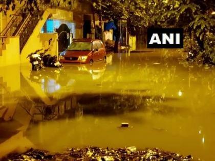 bengaluru madiwala lake in spate due to heavy rains many areas submerged | बेंगलुरु की माडीवाला झील भारी बारिश से उफान पर, कई इलाके हुए जलमग्न