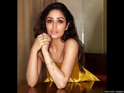 Actress Yami Gautam lashes out at photographer for being called 'Fair and Lovely', video went viral | VIDEO: फेयर एंड लवली बुलाए जाने पर भड़की यामी गौतम, कहा सम्मान के साथ नाम लें