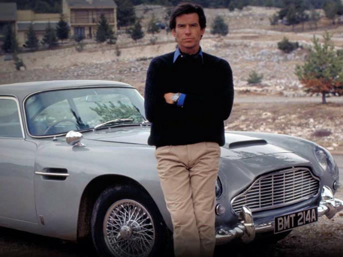 James Bond's Aston Martin sells for $6.4 million at auction | 45 करोड़ में नीलाम हुई जेम्स बॉन्ड की पसंदीदा डीबी 5, जानिए किसकी सोच का नतीजा थी ये कार