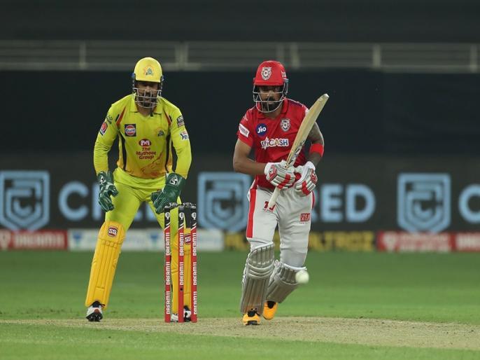IPL 2020, Kings XI Punjab vs Chennai Super Kings: MS Dhoni Gets to 100 catches as a wicketkeeper in the IPL | IPL 2020, KXIP vs CSK: महेंद्र सिंह धोनी का नया कारनामा, IPL में जड़ा 'अनूठा शतक'