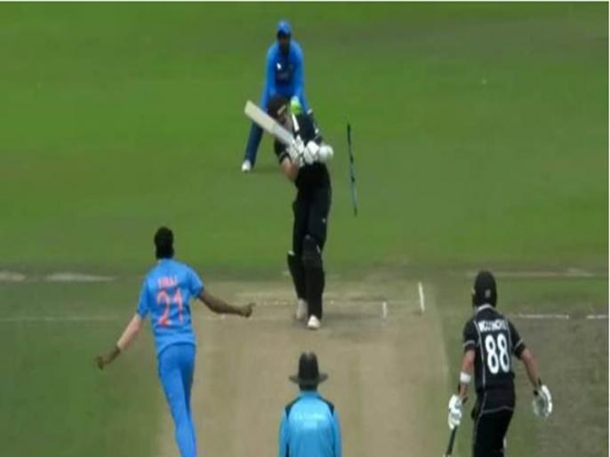 Mohammed Siraj sends stumps flying with lethal deliveries against New Zealand A | INDA vs NZA: मोहम्मद सिराज ने 2 बार हवा में बिखेर दिए स्टंप, देखें वीडियो