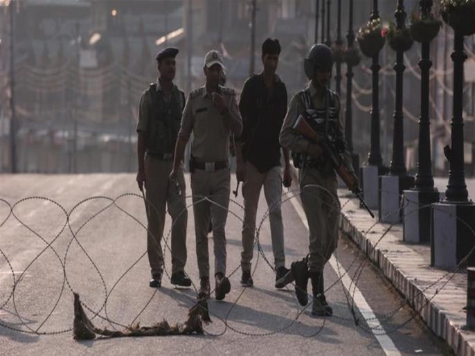 Worried about families but Real Kashmir players focus on Durand opener | जम्मू-कश्मीर बंद के चलते नहीं कर पा रहे परिवार से संपर्क, रीयाल कश्मीर के खिलाड़ियों का पूरा ध्यान डूरंड कप पर