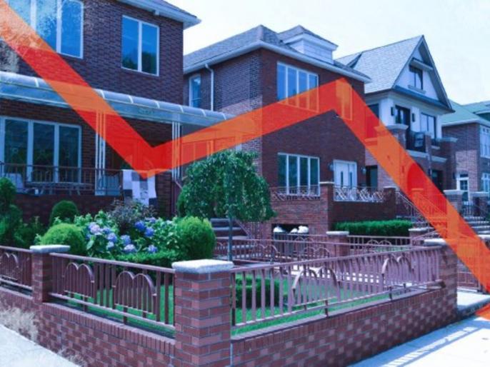 Housing sales in 9 cities fell 25 percent in July-September, 45 percent decline in new projects: report   9 शहरों में आवास बिक्री जुलाई-सितंबर में 25 प्रतिशत गिरी, नयी परियोजनाओं में 45 प्रतिशत गिरावट: रिपोर्ट