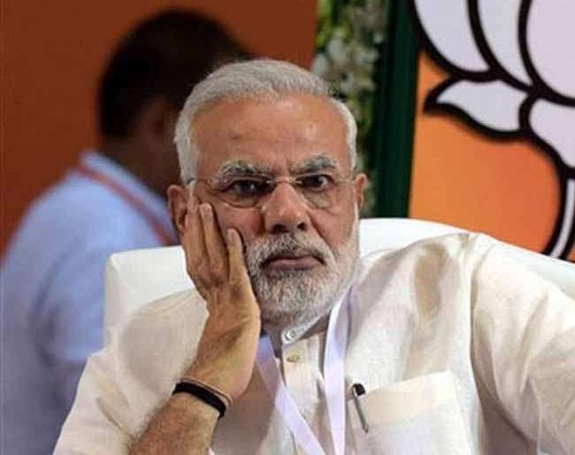 PM Modi meets with BJP MPs on breakfast, said - he should serve more and more community | भाजपा सांसदों से नाश्ते पर मिले प्रधानमंत्री नरेंद्र मोदी, कहा-उन्हें अधिक से अधिक समाज सेवा करनी चाहिए