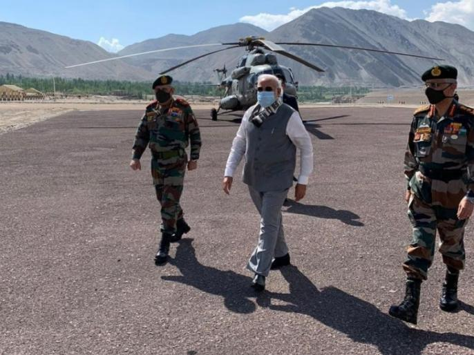 Encouragement of soldiers and pm narendra modi message to China | विजय दर्डा का ब्लॉग: जवानों की हौसला अफजाई और चीन को संदेश