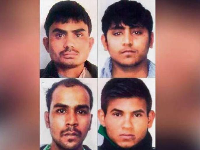 nirbhaya case Dummy execution of four convicts hanged in tihar | निर्भया केस के चारों दोषियों के पुतलों को तिहाड़ जेल में दी गई फांसी