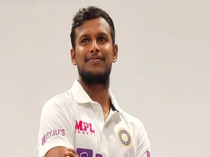 India vs Australia, 4th Test: T Natarajan debuted in 3 formats on 1 tour, Becomes 300th Test Player for india | IND vs AUS, 4th Test: टी नटराजन ने रच दिया इतिहास, ऐसा करने वाले पहले भारतीय क्रिकेटर