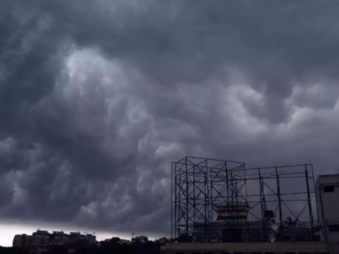 Eden spared from cyclone Amphan''s wrath   चक्रवाती तूफान अम्फान से बाल-बाल बचा ईडन गार्डन, पिच और आउटफील्ड पर नहीं कोई असर