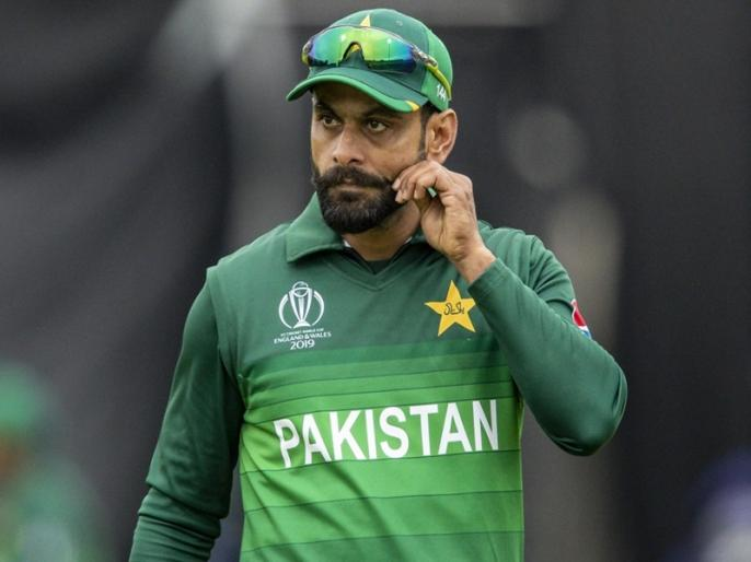 PCB on Mohammad Hafeez Covid-19 negative report   पाकिस्तान क्रिकेट बोर्ड ने मोहम्मद हफीज पर लगाया आरोप, पॉजिटिव रिपोर्ट के अगले दिन पाए गए थे कोरोना नेगेटिव