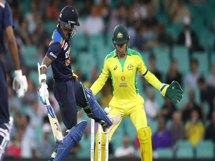 India fined for slow over rate in the first ODI against Australia | IND vs AUS: मैच गंवाने के बाद टीम इंडिया को एक और झटका, आईसीसी ने लगाया जुर्माना