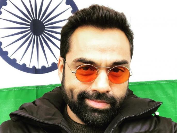 Abhay Deol says that We don't have freedom of speech in this country   अभय देओल ने कहा- देश में नहीं है अभिव्यक्ति का आजादी, बोले- कोर्ट में फंसने से अच्छा शांत ही रहें!