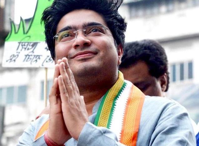 Abhishek Banerjee said that BJP is trying to implicate political opponents in false cases | अभिषेक बनर्जी का मोदी सरकार पर हमला, BJP राजनीतिक विरोधियों को झूठे मामलों में फंसाने का प्रयास कर रही है