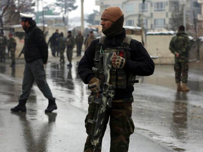Afghanistan's Jalalabad gunmen attack prison three people killed 24 injured | अफगानिस्तान के जेल में आत्मघाती हमला, 3 की मौत, 24 लोग घायल