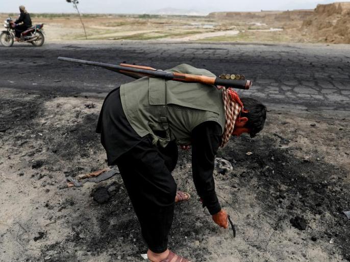 Roadside bomb blast kills at least 9 civilians in southern Afghanistan | Afghanistan:कंधार मेंसड़क किनारेबम विस्फोट,बस सवार नौ सवारियों की मौत,पांच अन्य यात्री जख्मी