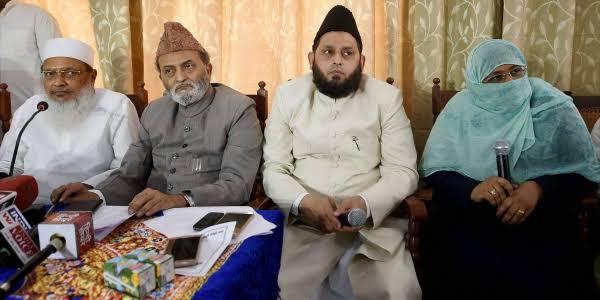 All India Muslim Personal Law Board hopes, Ayodhya case decision will be in favor of Muslims | ऑल इण्डिया मुस्लिम पर्सनल लॉ बोर्ड को उम्मीद, अयोध्या मामले का फैसला मुसलमानों के हक में आएगा